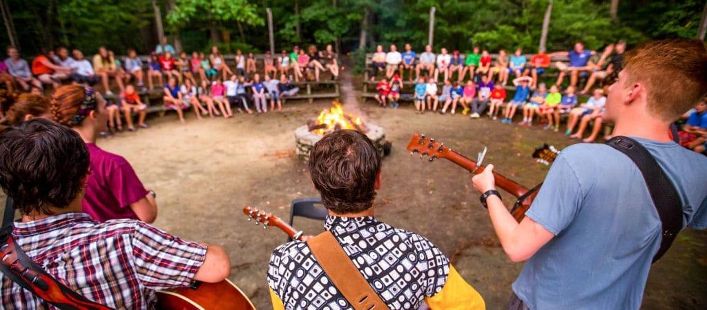 singing-campfire